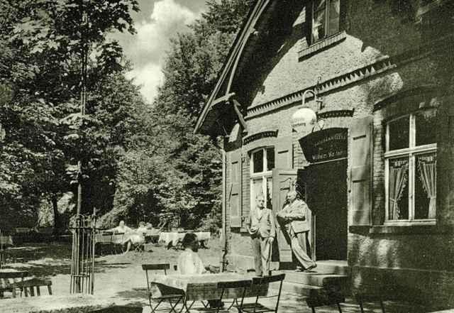 """Schankwirtschaft Wilhelm Westerberg / Zum Friedrichstal, heute """"Waldhaus"""""""