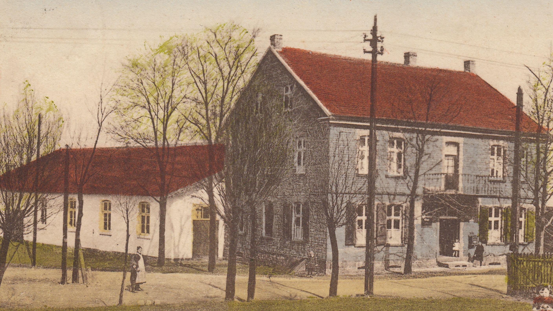 Am Beginn der Surkenstraße: die Wirtschaft von Emil Rumberg, Ende der 1920er Jahre (Restaurant zur Post)