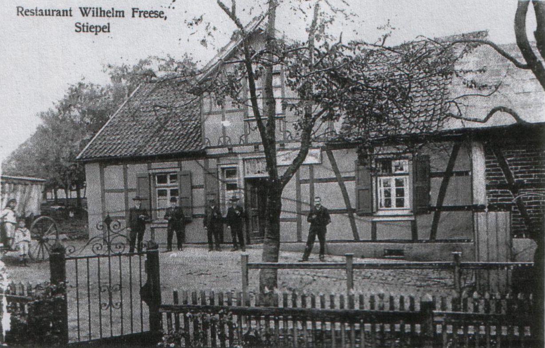 """""""Restauration zur frischen Quelle"""" ca. 1915, heute Voßkuhlstraße Nr. 3, Foto: Archiv W. Dickten"""