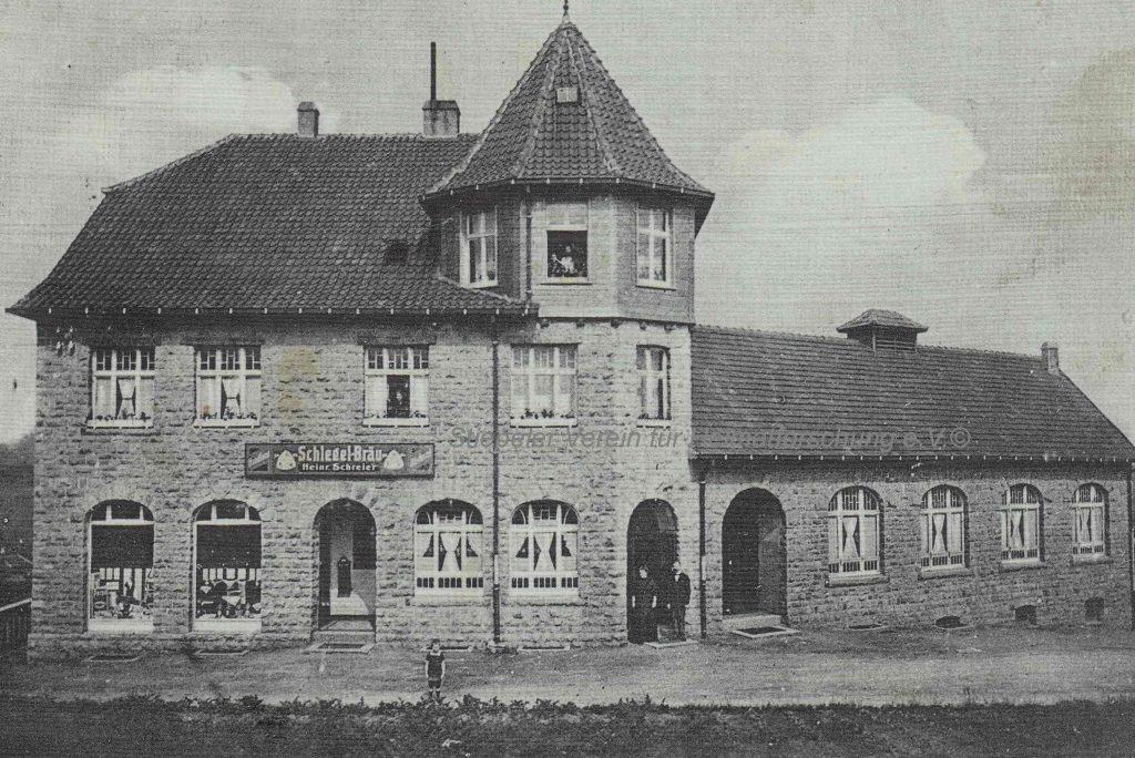 Das 1913 erbaute neue Haus Schreier (Postkarte 1914)