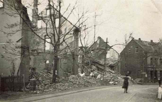 Kemnader Straße, kurz vor der Krockhausstraße, Blick nach Süden, Mai 1943